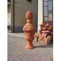 Grande vaso ornamentale con pigna